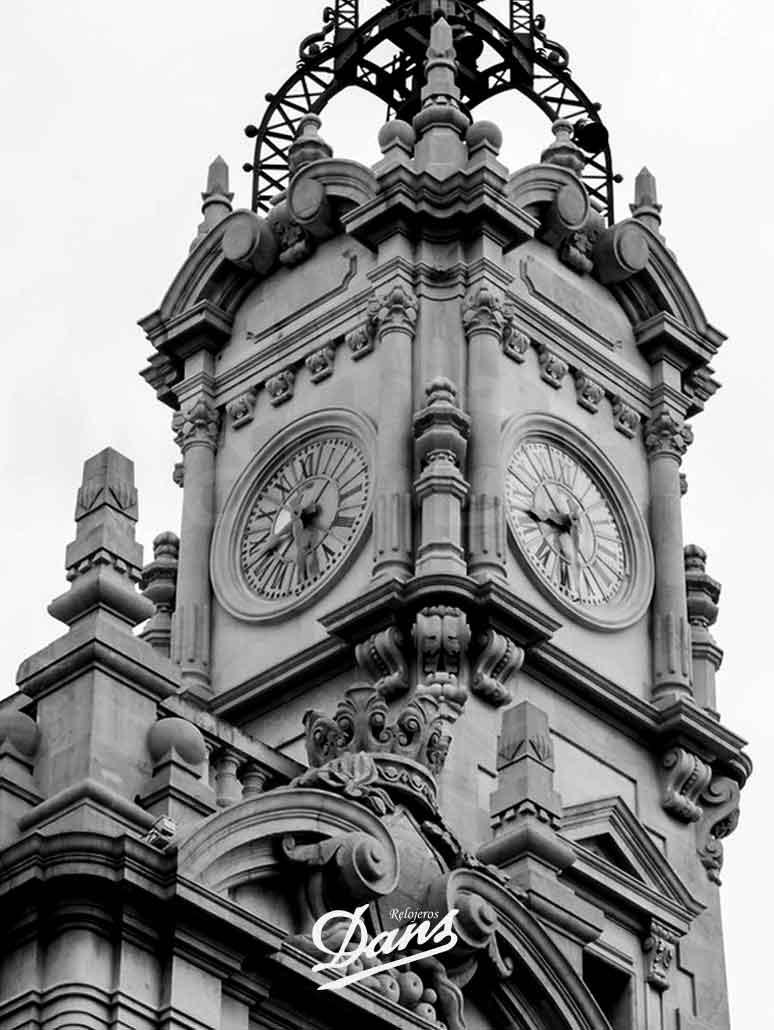 Mantenimiento Relojería Monumental Dans Relojeros