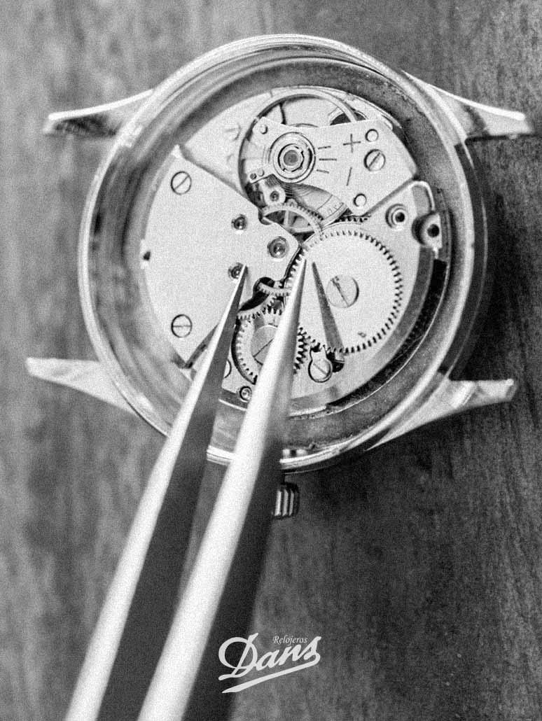 Restauraciones de relojes antiguos Dans Relojeros