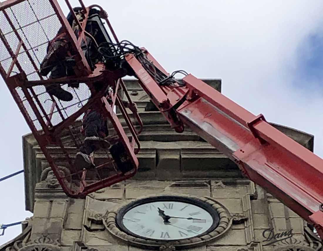 Revisión reloj monumental del Instituto Eusebio da Guarda Coruña Dans relojeros